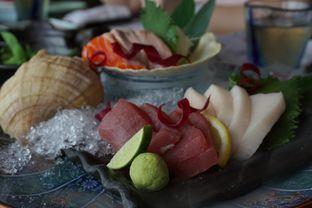 Foto 1 - Makanan(Sashimi 3 Kinds Moriawase) di Enmaru oleh Elvira Sutanto