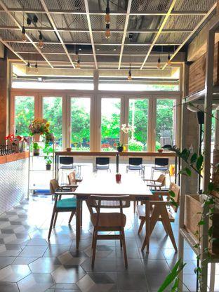Foto 18 - Interior di Monty's Kitchen & Coffee oleh yudistira ishak abrar