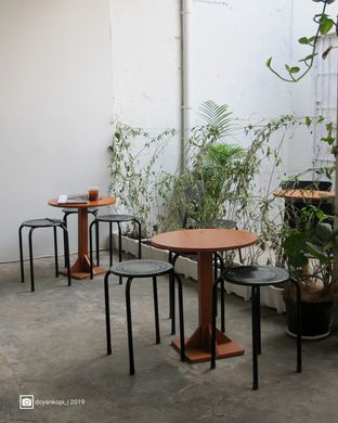 Foto 3 - Interior di Floww Coffee oleh Kuliner Addict Bandung