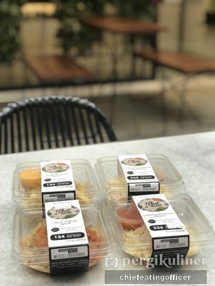 Foto - Makanan(Macaroni Creamy Salmon) di The Betawi Salad oleh Cubi