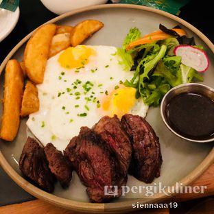 Foto 4 - Makanan(Steak & Eggs) di Benedict oleh Sienna Paramitha
