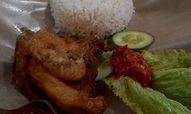 Ayam Goreng Njoto