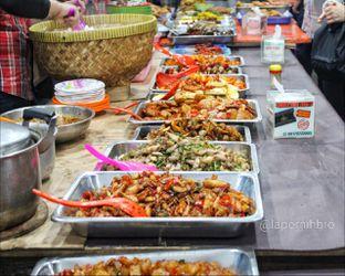 Foto 5 - Interior di Nasi Uduk Bu Sum oleh Rendy Wijaya