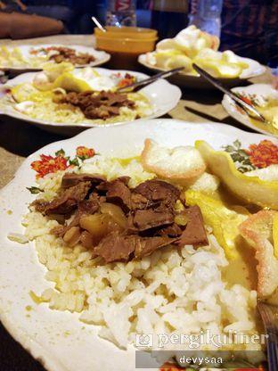 Foto 1 - Makanan di Gulai Tikungan Blok M oleh Devy (slimy belly)