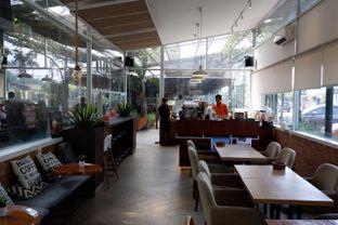 Foto 3 - Interior di Terra Coffee and Patisserie oleh yudistira ishak abrar