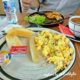 Foto 1 - Makanan di Delico oleh abigail lin
