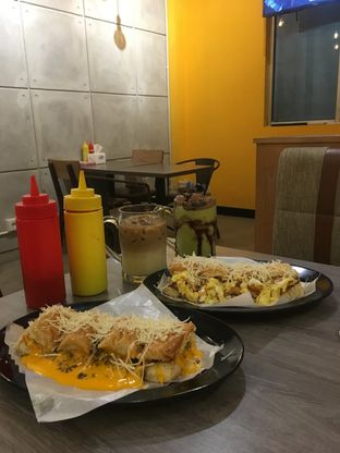 Foto review Kedai Roti Bule oleh Prido ZH 28