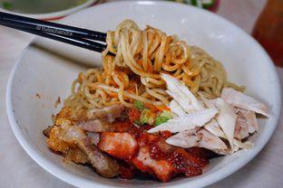 Foto 1 - Makanan di Bakmi Aheng Mangga Besar oleh Yulio Chandra