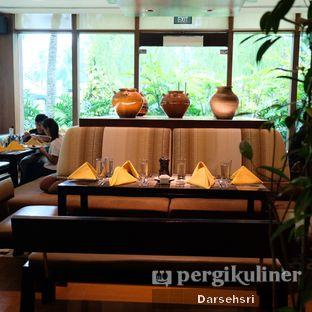 Foto review Satoo Garden Restaurant & Lounge - Hotel Shangri-La oleh Darsehsri Handayani 17