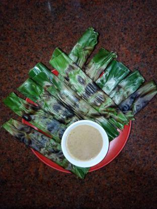 Foto 4 - Makanan di Bakmi Ayam Alok oleh Chris Chan