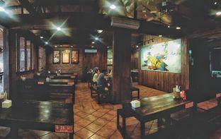 Foto 9 - Interior di Bebek Malio oleh Astrid Huang | @biteandbrew