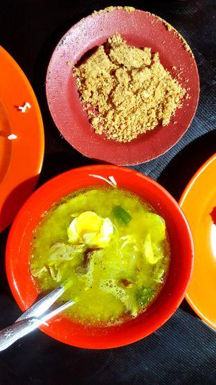 Foto 1 - Makanan di Soto Ayam Ambengan Cak Jito oleh Naomi Suryabudhi
