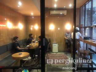 Foto 4 - Interior di Woodpecker Coffee oleh Icong