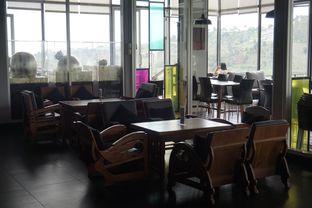 Foto 26 - Interior di Lawang Wangi Creative Space Cafe oleh yudistira ishak abrar