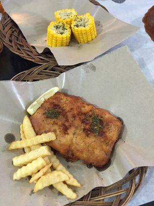 Foto 4 - Makanan di Perang Kerang - Barbarian Seafood House Restaurant oleh gheasami
