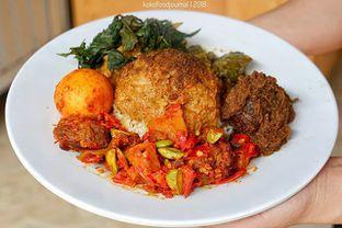 Foto - Makanan(Nasi Rendang) di Namy House Vegetarian oleh kokofoodjournal