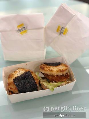 Foto 1 - Makanan di Kojima Burger & Coffee oleh Cubi