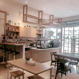 Foto 8 - Interior di Cafe Phyto Organic oleh deasy foodie