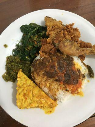 Foto 8 - Makanan di RM. Elok Tando oleh Prido ZH