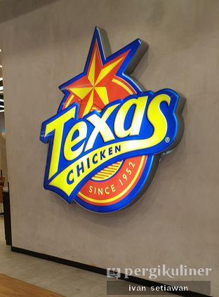 Foto 1 - Interior di Texas Chicken oleh Ivan Setiawan
