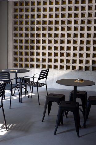 Foto 13 - Interior di Toebox Coffee oleh yudistira ishak abrar