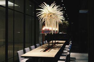 Foto 14 - Interior di 1945 Restaurant - Fairmont Jakarta oleh Verdi Danutirto