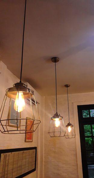 Foto 8 - Interior di Jonbon's Coffee & Eatery oleh Jacklyn  || IG: @antihungryclub