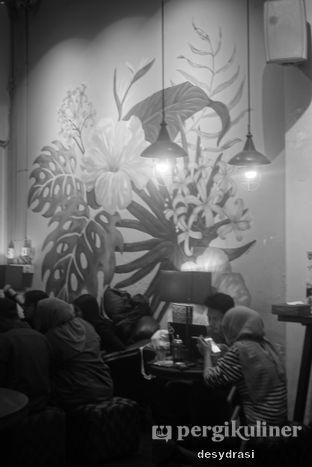 Foto 2 - Interior di Wiki Koffie oleh Desy Mustika