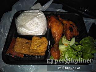 Foto 7 - Makanan di Ayam Bakar Kambal oleh Mich Love Eat