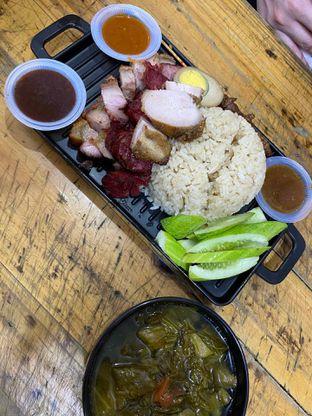 Foto review Nasi Campur Tri Bukit oleh Yohanacandra (@kulinerkapandiet) 11