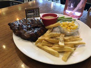 Foto 2 - Makanan di Pepperloin oleh Vising Lie