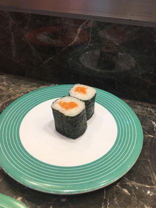 Foto 1 - Makanan di Sushi Go! oleh Bread and Butter