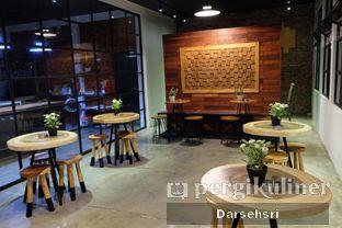 Foto 9 - Interior di The CoffeeCompanion oleh Darsehsri Handayani