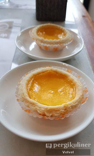 Foto 9 - Makanan(Egg Tart) di Minq Kitchen oleh Velvel