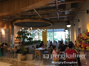 Foto 5 - Interior di Social Affair Coffee & Baked House oleh Hungry Couplee