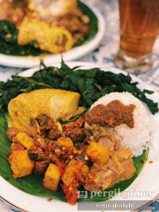 Foto - Makanan di Nasi Kapau Juragan oleh Fioo | @eatingforlyfe