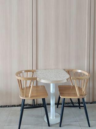 Foto 14 - Interior di Coffeeright oleh Prido ZH