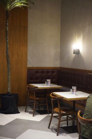 Foto 1 - Interior di The Goods Cafe oleh yudistira ishak abrar