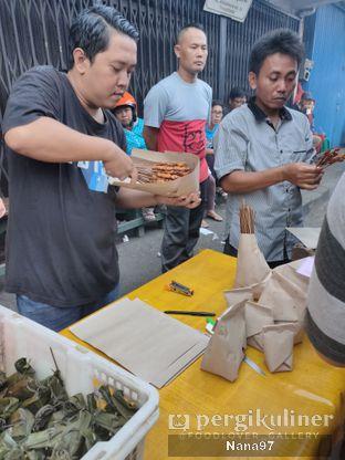 Foto 2 - Eksterior di Sate Ayam Pasar Lama H. Ishak oleh Nana (IG: @foodlover_gallery)