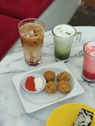 Foto 2 - Makanan di Deja Coffee & Pastry oleh Nicole || @diaryanakmakan