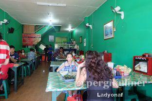 Foto 4 - Interior di Soto Betawi H. Mamat oleh Ladyonaf @placetogoandeat