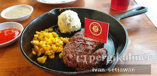 Foto 1 - Makanan di Steak Hotel by Holycow! oleh Ivan Setiawan
