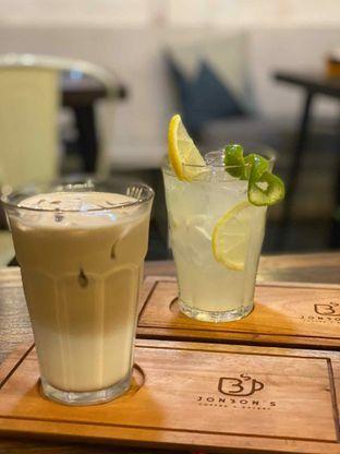 Foto 7 - Makanan di Jonbon's Coffee & Eatery oleh Jeljel