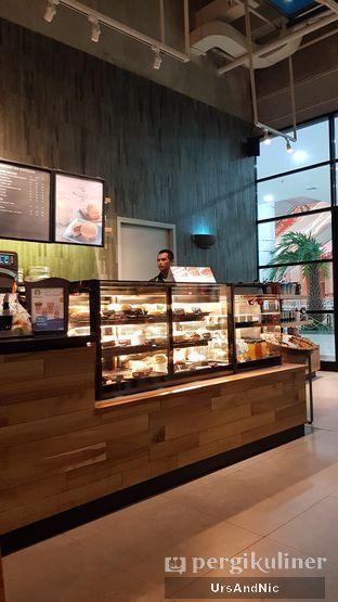 Foto 3 - Interior di Starbucks Coffee oleh UrsAndNic