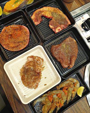 Foto 1 - Makanan di Steak 21 Buffet oleh ruth audrey