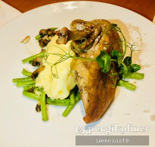 Foto 3 - Makanan(DUCK CONFIT) di Mother Monster oleh Sienna Paramitha