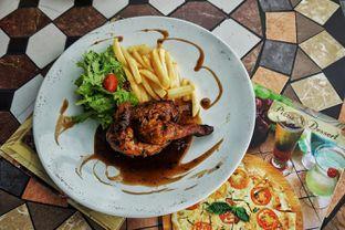 Foto 3 - Makanan(Rosemary Baby Roasted Chicke) di Cocorico oleh Fadhlur Rohman