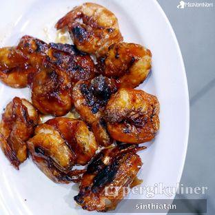 Foto 4 - Makanan(Udang Pancet Bakar Madu) di Pawon Seafood Mas Cahyo CO oleh Miss NomNom