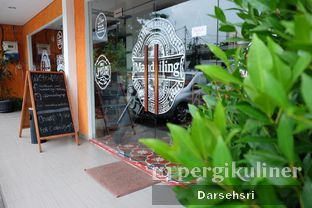 Foto 5 - Eksterior di Mandailing Cafe Bistro oleh Darsehsri Handayani