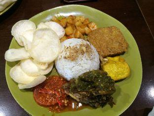 Foto 3 - Makanan(Nasi Ayam Cabe Ijo) di Street Food Festival oleh Elvira Sutanto